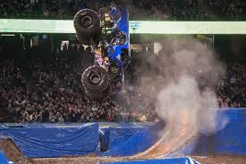 monster truck backflip videos photos page 3 monster jam