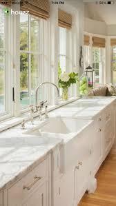 granite countertop benjamin moore white dove cabinets travertine