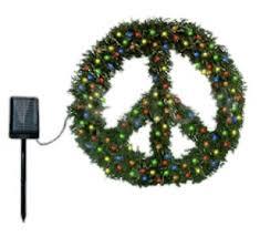 solar powered peace wreath greatgreengadgets