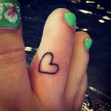 22 heart tattoos on toe