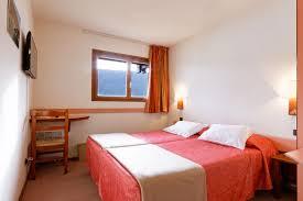 chambre adulte compl鑼e hotel le risoux