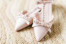 wedding shoes kate spade gold wedding in perth tracey jazmin edmonton photographer