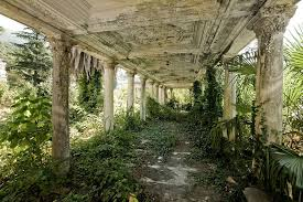 old abandoned buildings 31 haunting images of abandoned places that will give you goose
