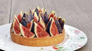 cuisiner figues fraiches tarte figues fraiches chantilly tonka recette par isabelle