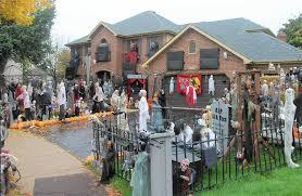 scary halloween yard displays famous naperville halloween house goes dark naperville sun