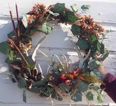 barbwire and deer antler wreath home decor antler
