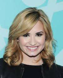 demi lovato medium curls medium curls lookbook stylebistro