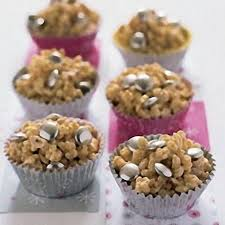white chocolate rice krispie cakes with silver smarties recipes