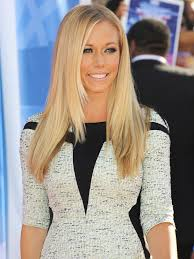 kendra wedding ring kendra wilkinson spotted without wedding ring amid reports of