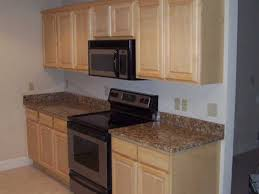 kitchen paint ideas with maple cabinets kitchen paint colors with light maple cabinets home design and