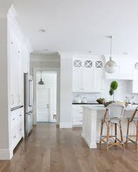 White Kitchen Wall Cabinets Trend Alert Paint Your Walls And Trim White Or Cream Kitchen