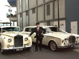 wedding rolls royce stretch limousine hire services in melbourne u0026 australia
