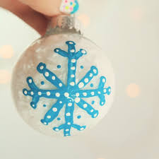 and simple diy painted tree ornament to make with