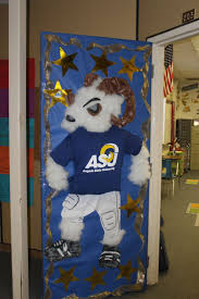 best 25 college door decorations ideas on pinterest ra door