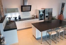 ilot central cuisine avec evier inouï cuisine avec ilot central evier plan travail pour ilot