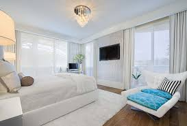 Accent Chairs For Bedroom by 20 Beautiful Bedrooms With Cushioned Accent Chairs Home Design Lover
