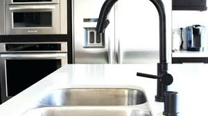 brizo solna kitchen faucet beautiful brizo 63020lf bl solna kitchen faucet with pullout spray