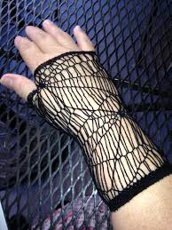 plus size 4x gloves that fit me for halloween costumes or