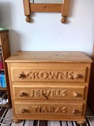 solid pine hand carved princess bedroom furniture for sale