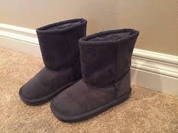 s ugg like boots children s place toddler size 11 ugg like boots gray shoes