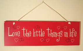 vintage stlye red wooden hanging sign u0027love the little things in