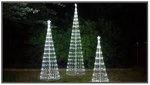 Led Light Show Christmas Decorations by Wholesale Christmas Decorations Wintergreen Corporation