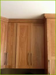 kitchen cabinets without crown molding kitchen cabinets without crown molding amazing crown molding pairs