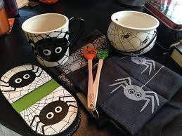 Sur La Table Placemats Goth Gardening O An Awful Halloween Experience At Sur La