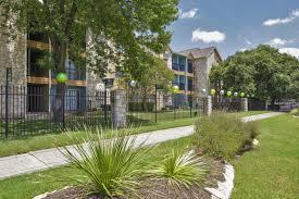 Airbnb Lamar Texas by 400 Cooper Dr Austin Tx 78753 Apartment Rental Padmapper
