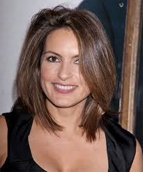 hair cuts like sergeant cohann such a badass lady on law order svu people who inspire me
