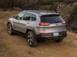 jeep cherokee back jeep cherokee 2014 picture 92 of 182