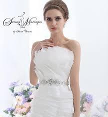 robe de mari e chetre chic robe de mariee originale en organza et ceinture strass collection