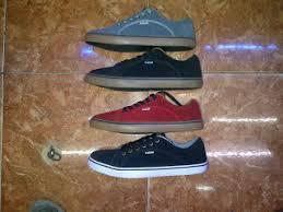 Harga Sepatu Dc Dan Vans guardian shop sepatu olahraga running dkk gambar dan harga