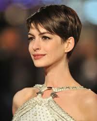 coupe de cheveux court femme 40 ans coupe de cheveux femme 30 ans peut on porter la frange à 30 ans