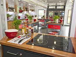 jamie at home kitchen design jamie oliver s home cooking program visits redcliffe bayside and