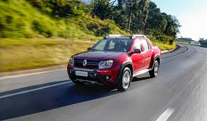renault duster oroch renault press 2017 duster and duster oroch even more economical