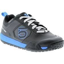 bike riding sneakers the best mountain bike shoes mbr