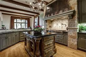 Kitchen With Brown Cabinets 35 Luxury Kitchens With Dark Cabinets Design Ideas Designing Idea