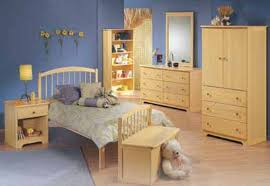 yellow bedroom decorating ideas blue reigns bedroom decorating idea howstuffworks