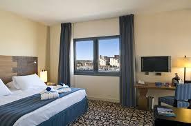 chambre d h e marseille vieux port radisson hotel marseille vieux port 2018 room prices from 115