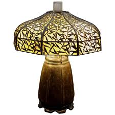 antique handel mosaic leaded stained glass table lamp poinsettia