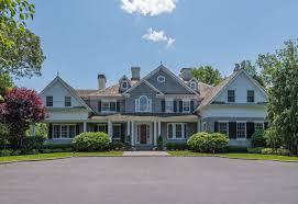 15 titus lane cold spring harbor home for sale lucky to live