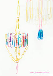 paper clip mini mobiles that make adorable decorations anytime