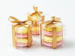 macaron wedding favors edible wedding favor ideas