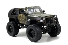 realtree die cast jeep wrangler by jada toys inc realtree