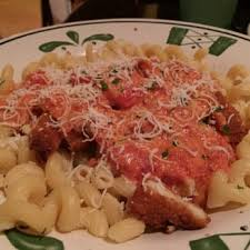 Five Cheese Marinara Sauce On Cavatappi Pasta With Chicken Meatballs - olive garden italian restaurant 508 photos 403 reviews italian