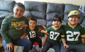 1440 the fan green bay pictures view submit photos of you and your family in your green