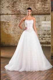 justin wedding dresses 9840 wedding dress from justin signature hitched co uk
