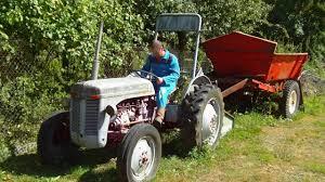 tracteur en bois redemarrage de mon tracteur fergusson youtube