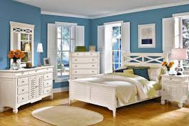 Bedroom Decorating Ideas In Blue And White Modern Country Style Case Study Farrow And Ball Light Blue Pt